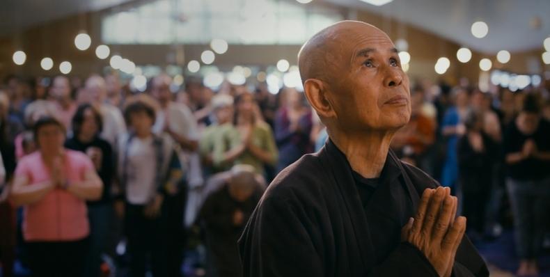 Caminha Comigo – Uma Viagem Pela Atenção Plena Com Thich Nhat Hanh